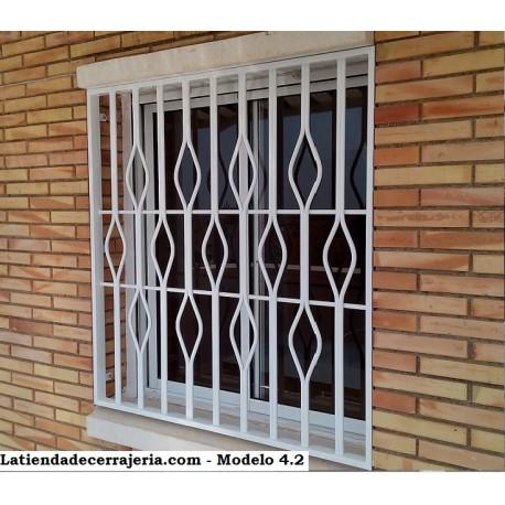 Rejas fijas modelo 4 2 rejas de seguridad para ventanas y for Modelos de rejas de fierro para puertas